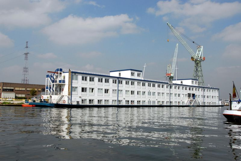 Floating Hotel Barge, 336 Person, 84 Cabins, 1993, Ref C3791